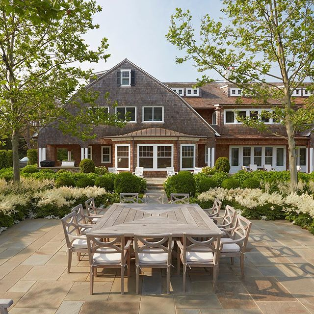 Issue 3 is out tomorrow in the @easthamptonstar 2018 East End Design Awards winning Outdoor Living Space by @hollander_design • • • • #architecture #interiors #landscapearchitecture #greendesign #design #interiordesign #hamptons #easthampton #sagaponack #architecturephotography #southampton #montauk #bridgehampton #gallery #outdoorspace #hamptonsstyle #amagansett #garden #landscape #designinspiration #amagansett #modern #green #thehamptons #architect