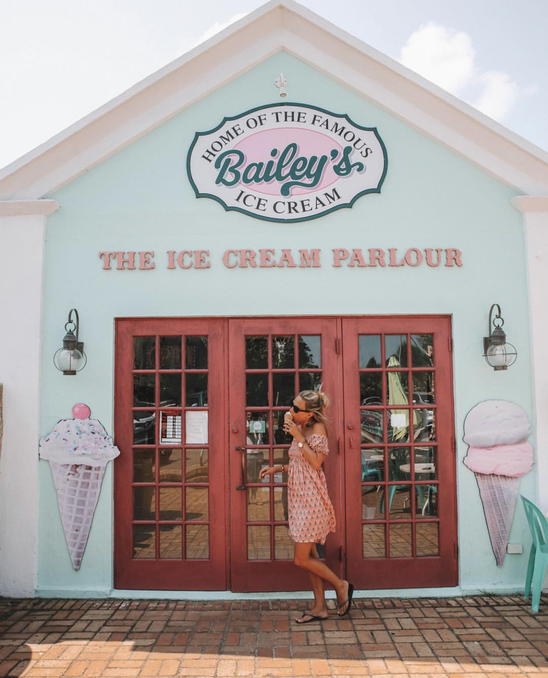 Bailey's Icecream - En-route to Coopers Island, stop at Bailey's for an ice-cream (all being it's open, the hours always baffled me!)
