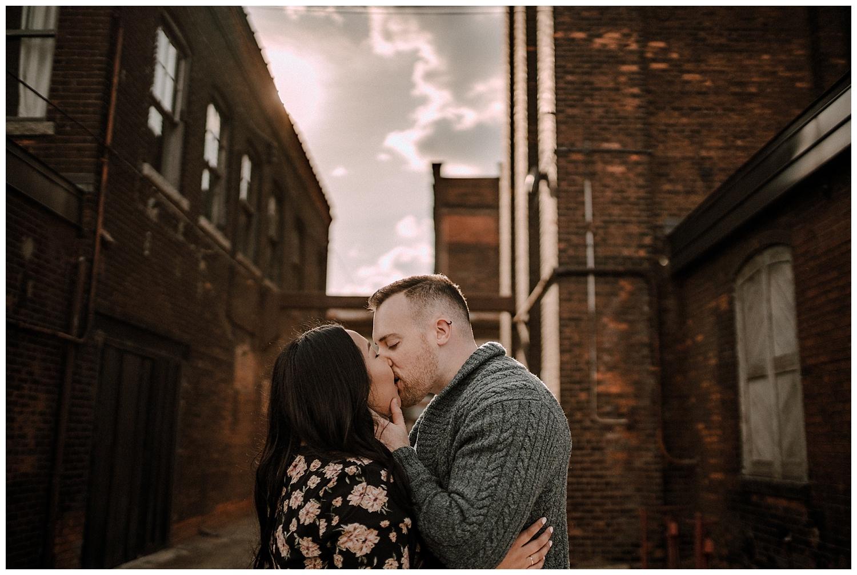 hamilton-ontario-engagement-session-wedding-photographer__0043.jpg