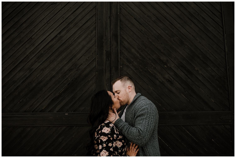 hamilton-ontario-engagement-session-wedding-photographer__0064.jpg