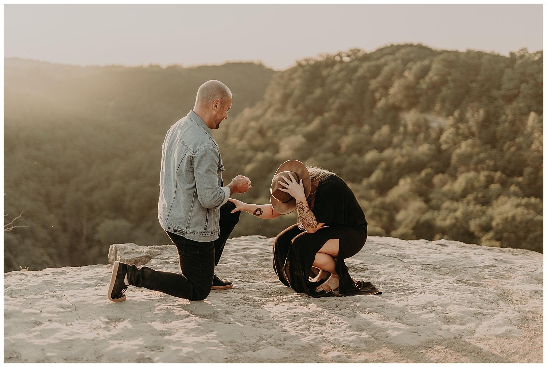 Katie Marie Photography | Hamilton Ontario Wedding Photographer | Hamilton Engagement Session | HamOnt | Dundas Peak Proposal_0049.jpg