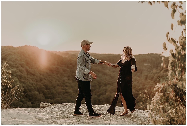 Katie Marie Photography | Hamilton Ontario Wedding Photographer | Hamilton Engagement Session | HamOnt | Dundas Peak Proposal_0079.jpg