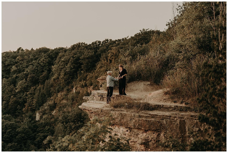 Katie Marie Photography | Hamilton Ontario Wedding Photographer | Hamilton Engagement Session | HamOnt | Dundas Peak Proposal_0088.jpg