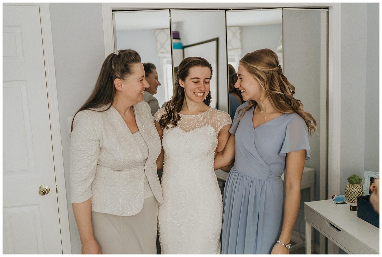Katie Marie Photography | Hamilton Ontario Wedding Photographer | Ancaster Mill Winter Wedding | Oakville Conference Centre Wedding | RBG Wedding | Royal Botanical Gardens Wedding_0028.jpg
