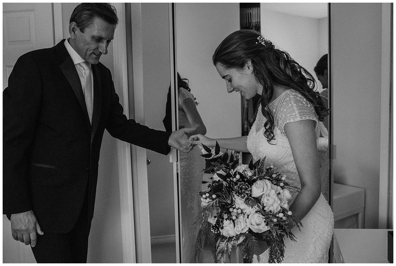 Katie Marie Photography | Hamilton Ontario Wedding Photographer | Ancaster Mill Winter Wedding | Oakville Conference Centre Wedding | RBG Wedding | Royal Botanical Gardens Wedding_0037.jpg