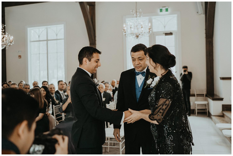 Katie Marie Photography | Hamilton Ontario Wedding Photographer | Ancaster Mill Winter Wedding | Oakville Conference Centre Wedding | RBG Wedding | Royal Botanical Gardens Wedding_0084.jpg