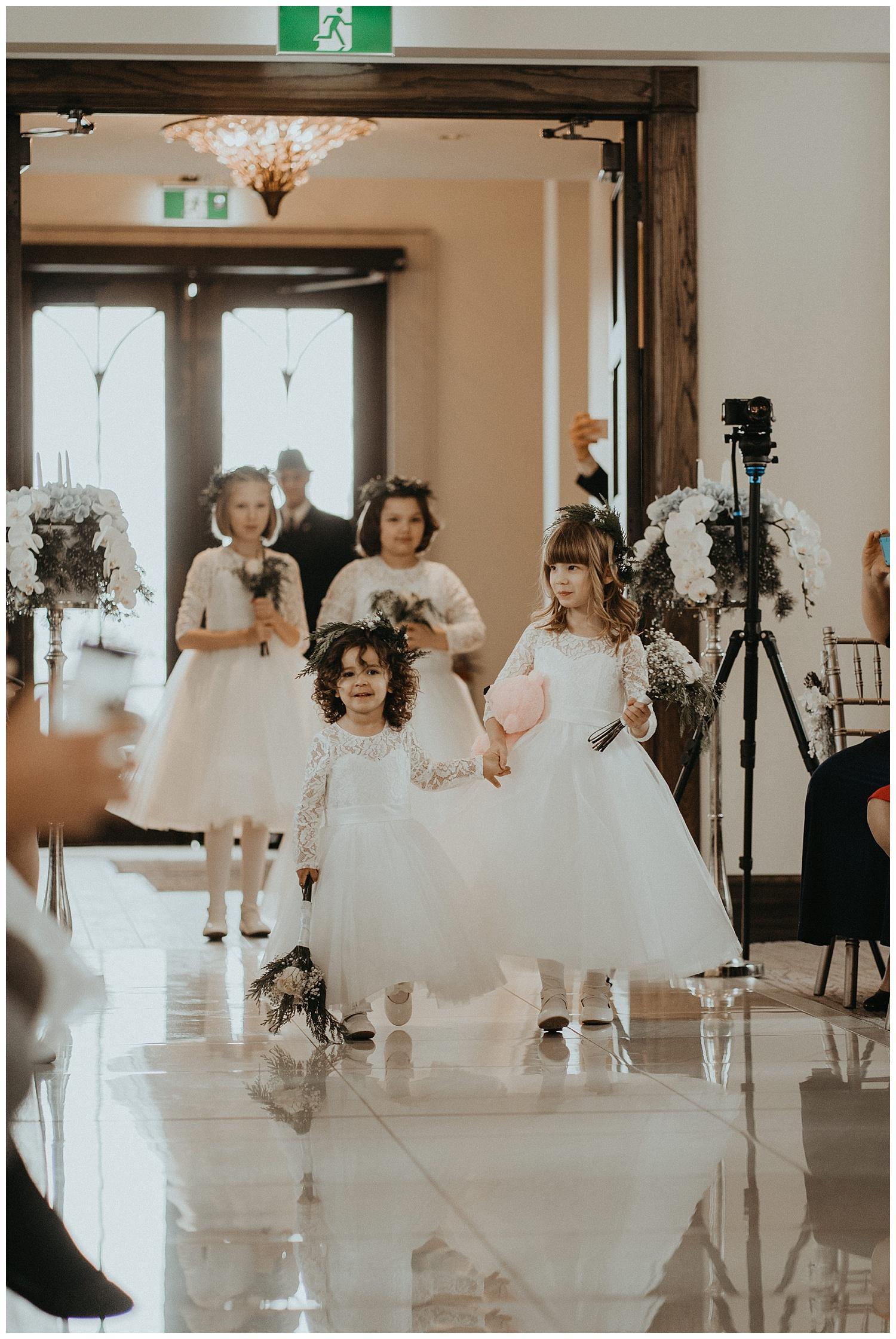 Katie Marie Photography | Hamilton Ontario Wedding Photographer | Ancaster Mill Winter Wedding | Oakville Conference Centre Wedding | RBG Wedding | Royal Botanical Gardens Wedding_0096.jpg