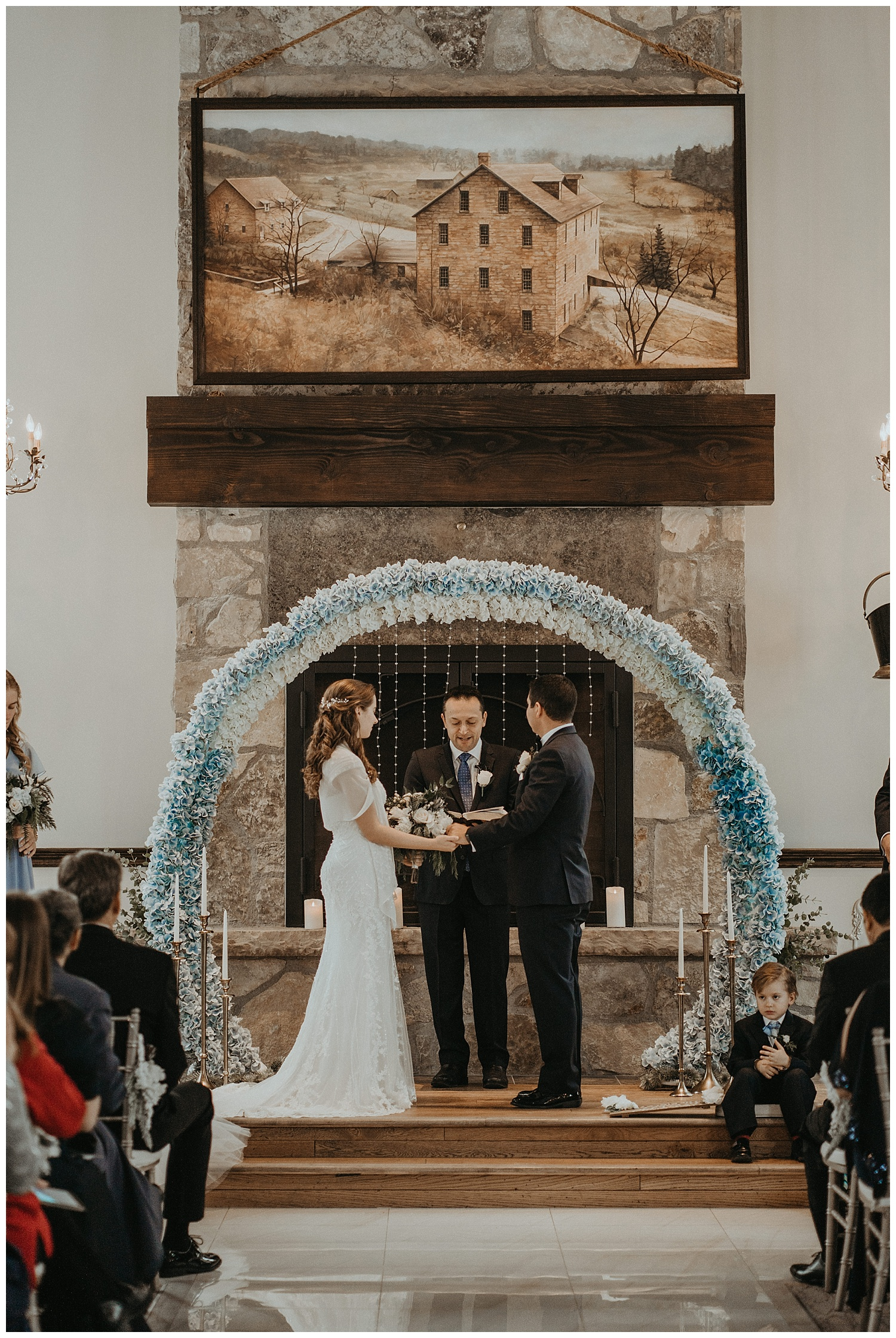 Katie Marie Photography | Hamilton Ontario Wedding Photographer | Ancaster Mill Winter Wedding | Oakville Conference Centre Wedding | RBG Wedding | Royal Botanical Gardens Wedding_0128.jpg