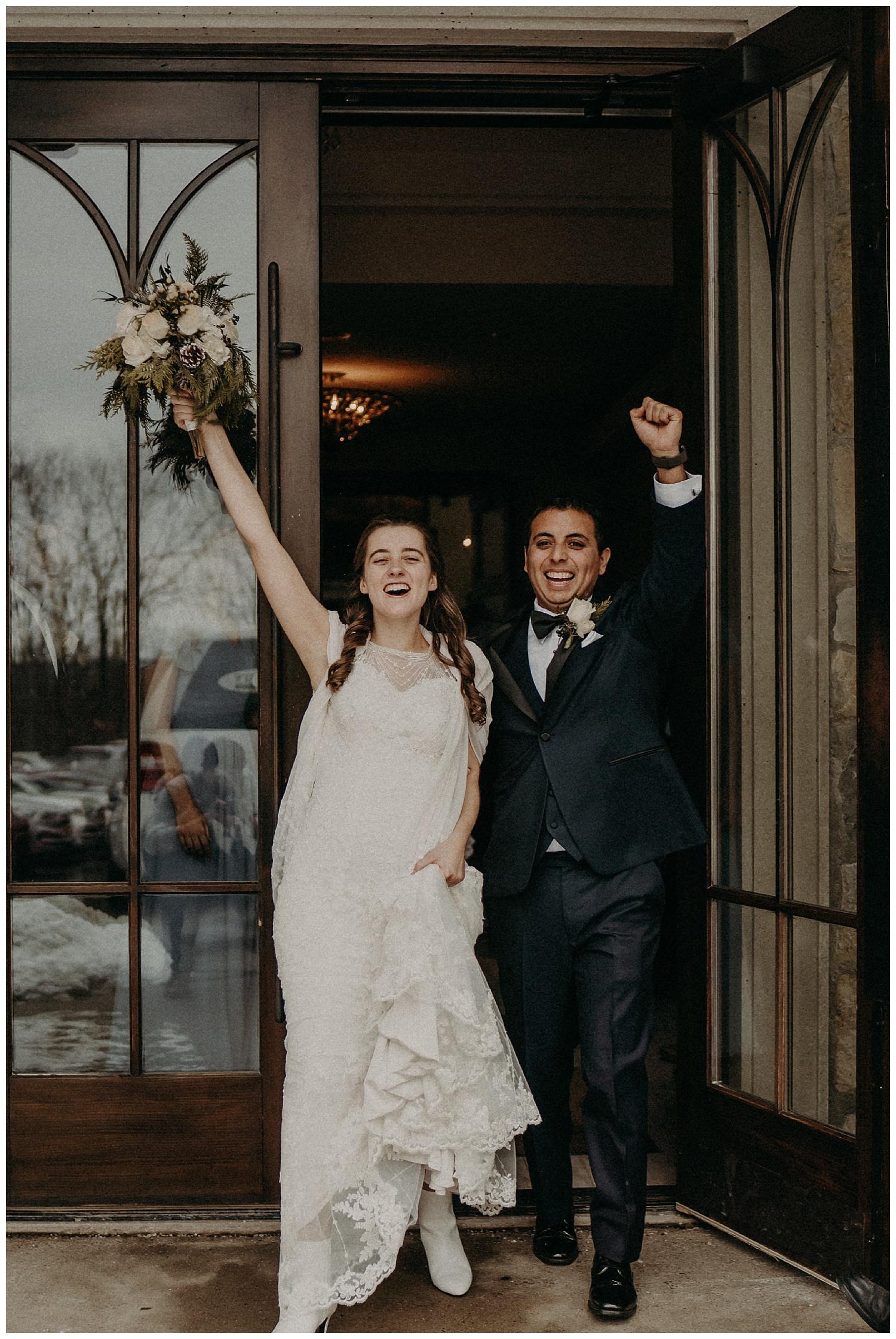 Katie Marie Photography | Hamilton Ontario Wedding Photographer | Ancaster Mill Winter Wedding | Oakville Conference Centre Wedding | RBG Wedding | Royal Botanical Gardens Wedding_0158.jpg