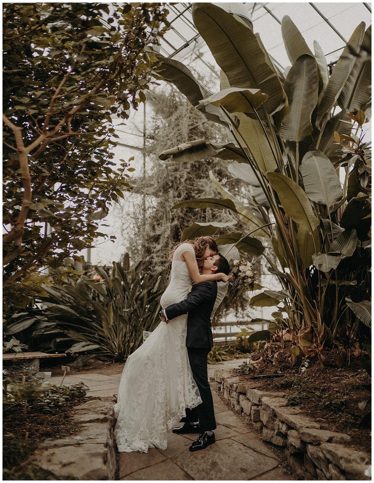 Katie Marie Photography | Hamilton Ontario Wedding Photographer | Ancaster Mill Winter Wedding | Oakville Conference Centre Wedding | RBG Wedding | Royal Botanical Gardens Wedding_0227.jpg