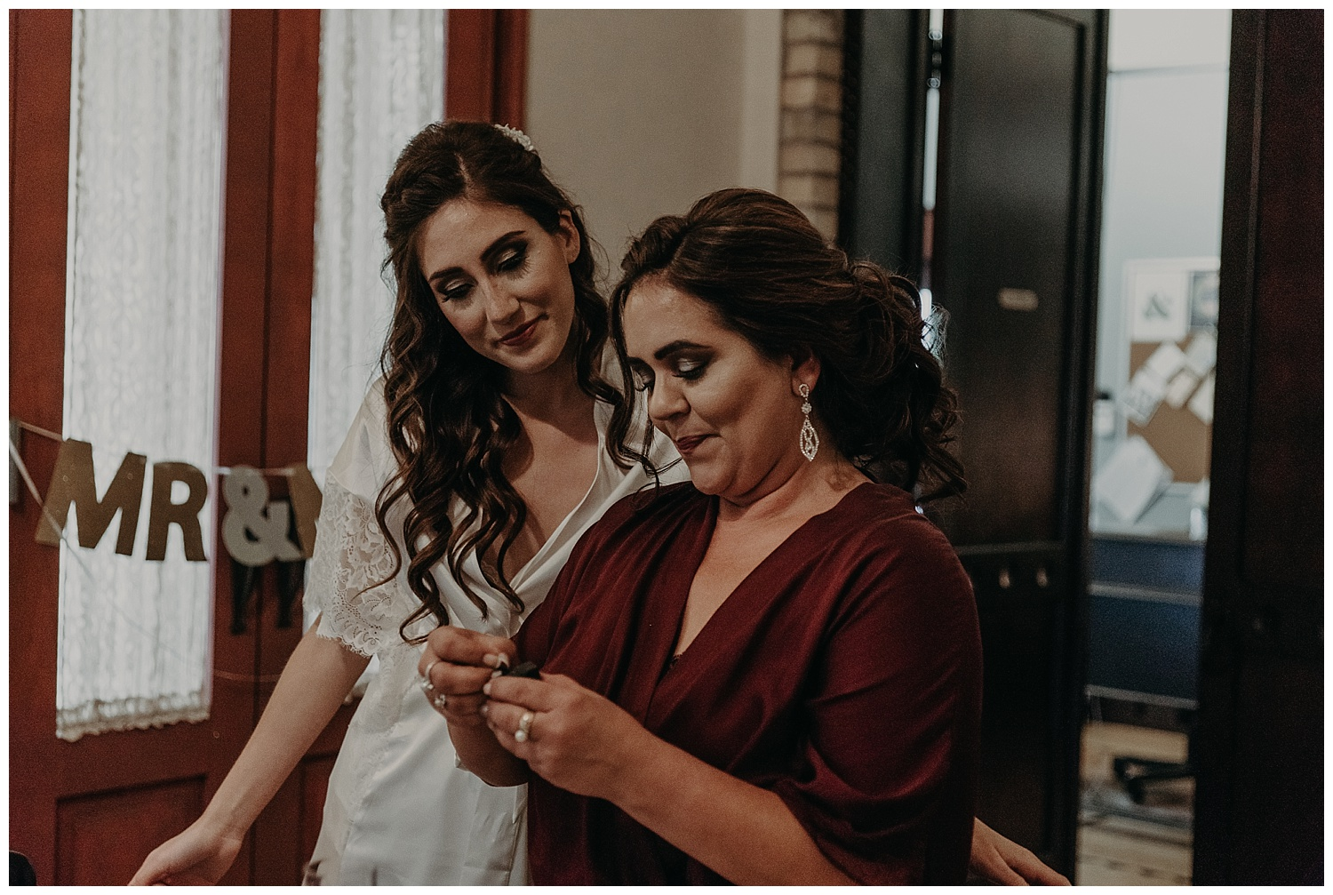 Katie Marie Photography | Hamilton Ontario Wedding Photographer | Kitchener Wedding Photographer | Hacienda Sarria Wedding | Cambridge Wedding_0030.jpg