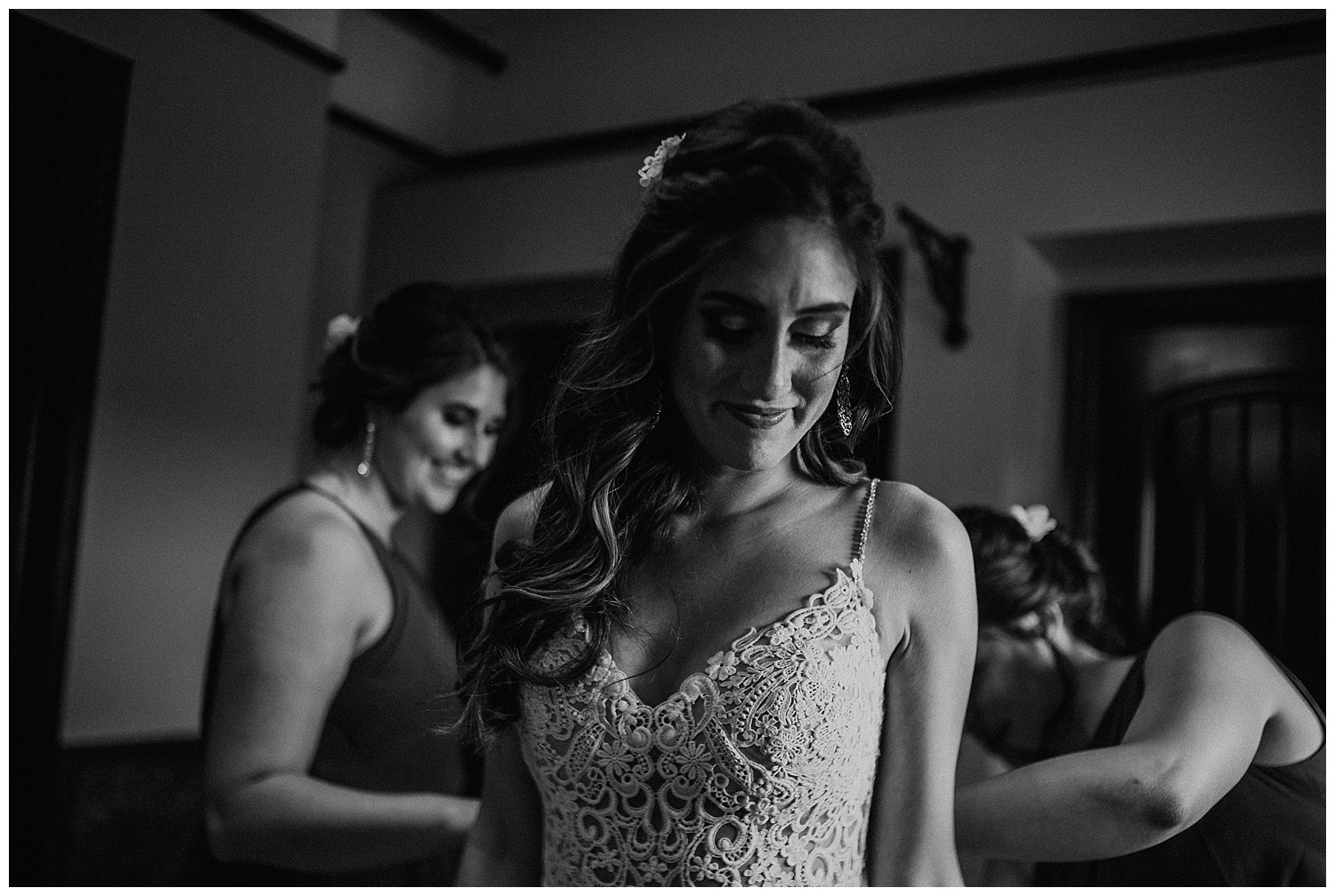 Katie Marie Photography | Hamilton Ontario Wedding Photographer | Kitchener Wedding Photographer | Hacienda Sarria Wedding | Cambridge Wedding_0057.jpg