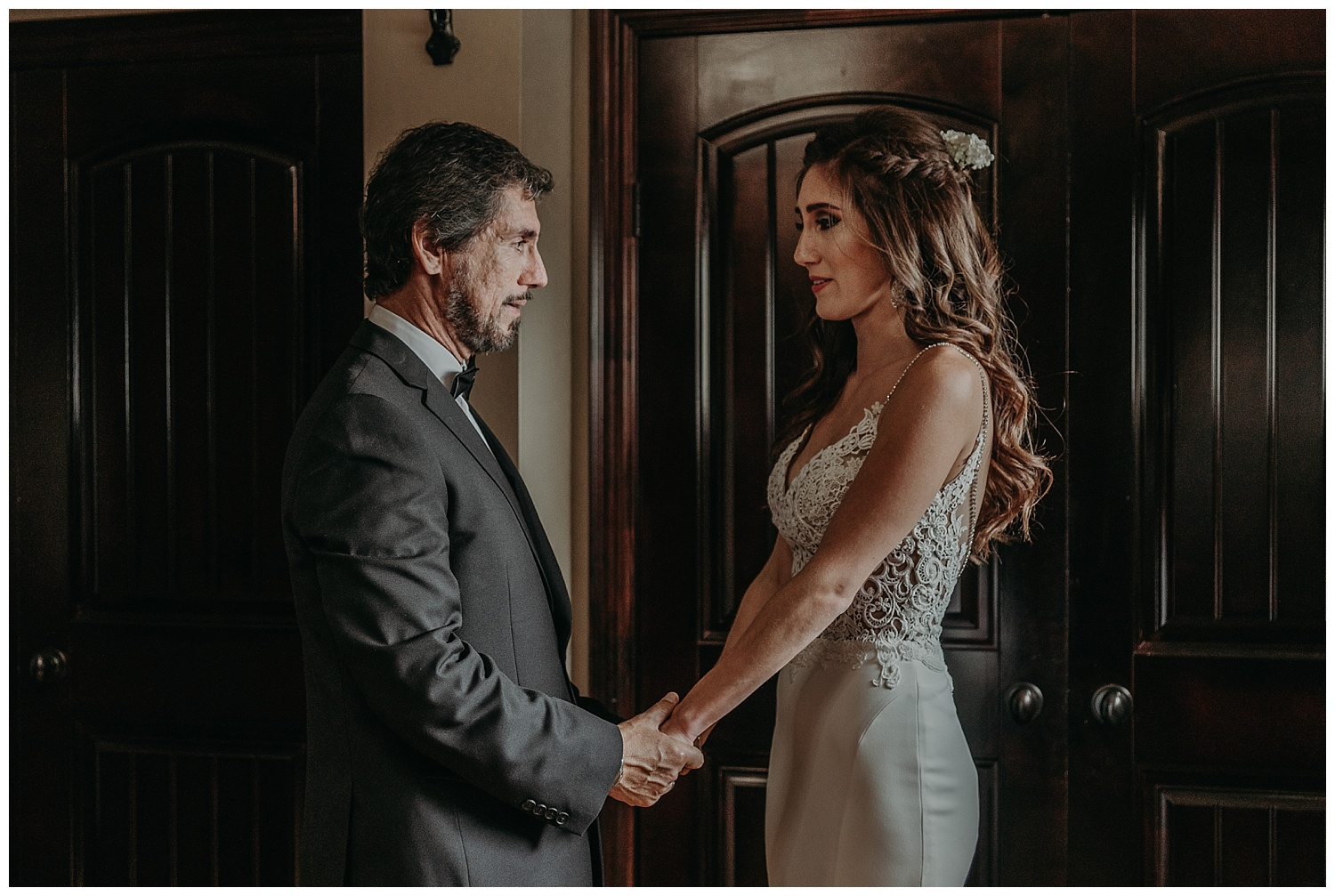 Katie Marie Photography | Hamilton Ontario Wedding Photographer | Kitchener Wedding Photographer | Hacienda Sarria Wedding | Cambridge Wedding_0075.jpg