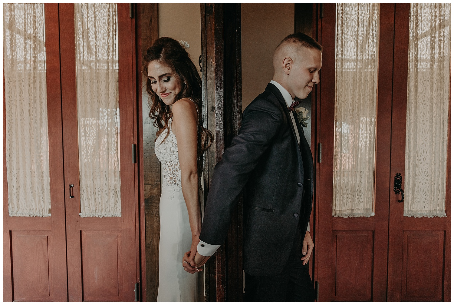 Katie Marie Photography | Hamilton Ontario Wedding Photographer | Kitchener Wedding Photographer | Hacienda Sarria Wedding | Cambridge Wedding_0112.jpg
