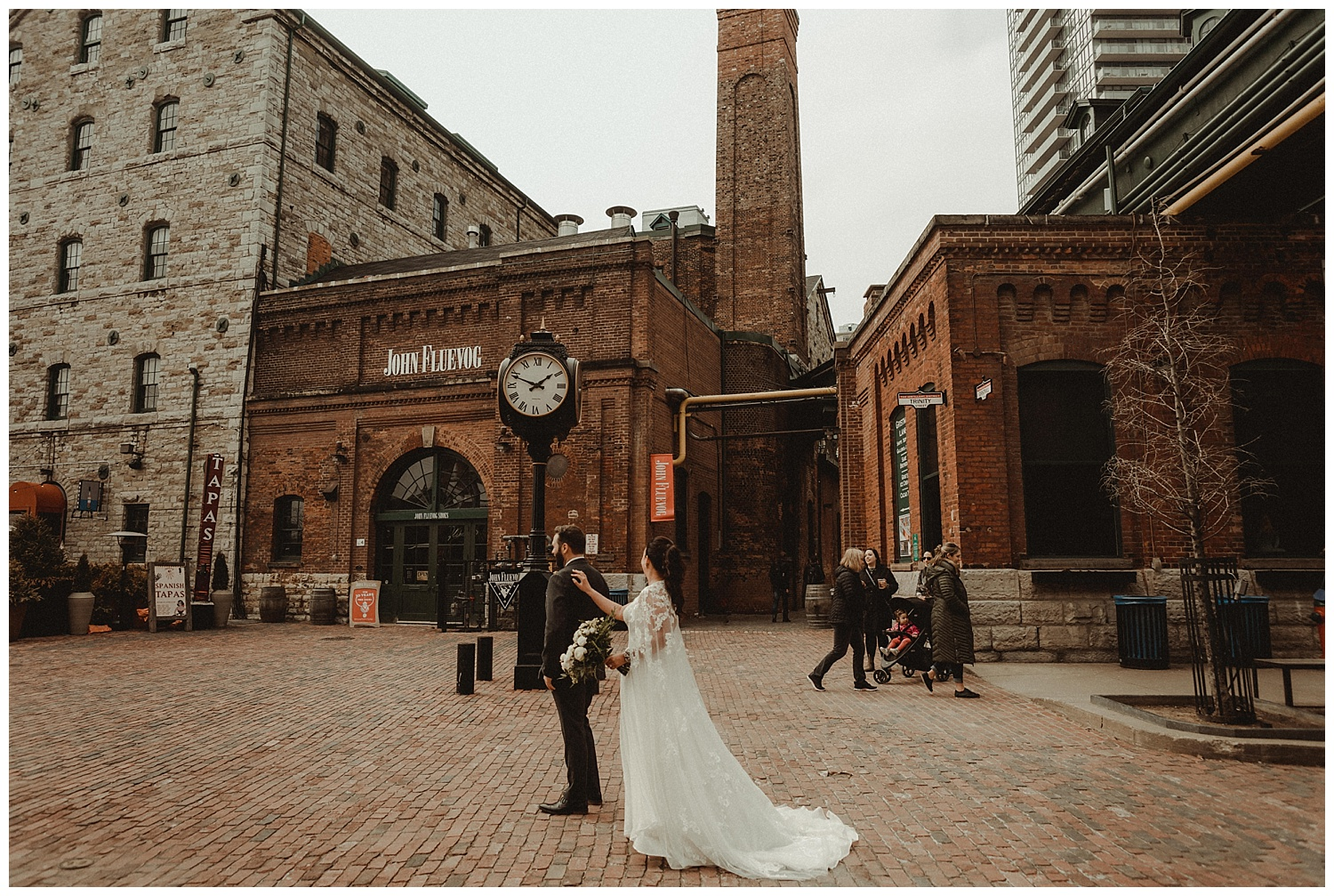 Katie Marie Photography | Archeo Wedding Arta Gallery Wedding | Distillery District Wedding | Toronto Wedding Photographer | Hamilton Toronto Ontario Wedding Photographer |_0004.jpg