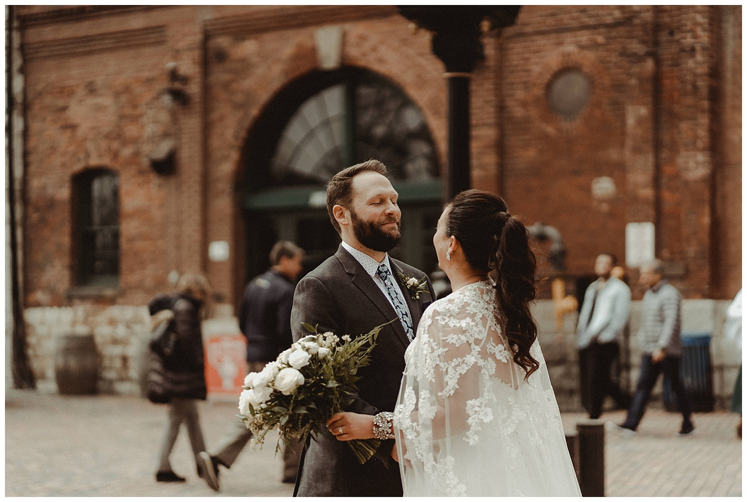 Katie Marie Photography | Archeo Wedding Arta Gallery Wedding | Distillery District Wedding | Toronto Wedding Photographer | Hamilton Toronto Ontario Wedding Photographer |_0010.jpg