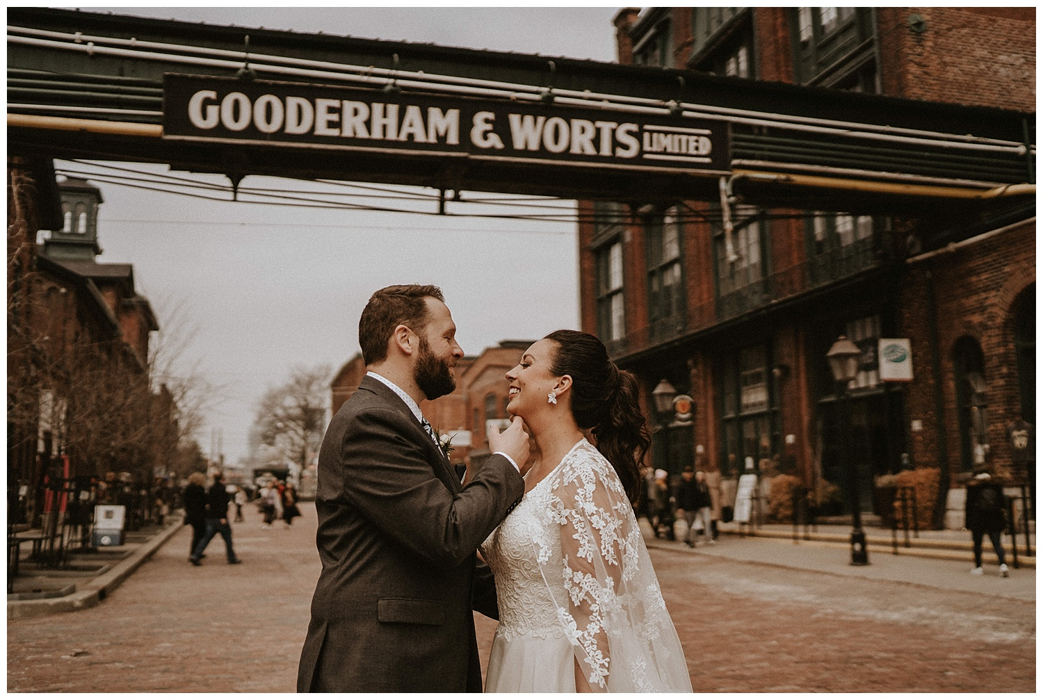 Katie Marie Photography | Archeo Wedding Arta Gallery Wedding | Distillery District Wedding | Toronto Wedding Photographer | Hamilton Toronto Ontario Wedding Photographer |_0017.jpg