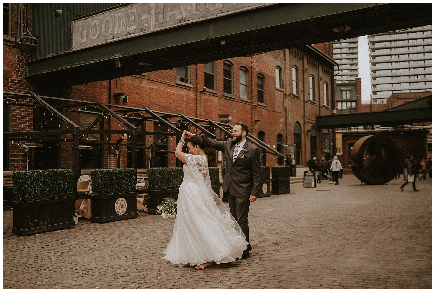 Katie Marie Photography | Archeo Wedding Arta Gallery Wedding | Distillery District Wedding | Toronto Wedding Photographer | Hamilton Toronto Ontario Wedding Photographer |_0033.jpg