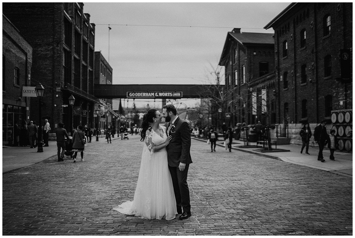 Katie Marie Photography | Archeo Wedding Arta Gallery Wedding | Distillery District Wedding | Toronto Wedding Photographer | Hamilton Toronto Ontario Wedding Photographer |_0055.jpg