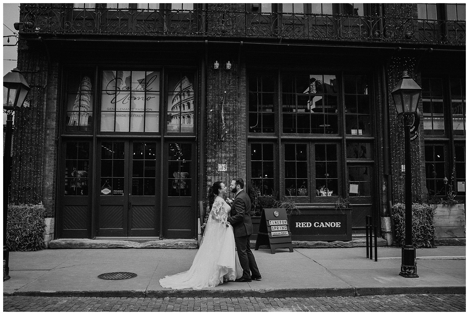 Katie Marie Photography | Archeo Wedding Arta Gallery Wedding | Distillery District Wedding | Toronto Wedding Photographer | Hamilton Toronto Ontario Wedding Photographer |_0070.jpg
