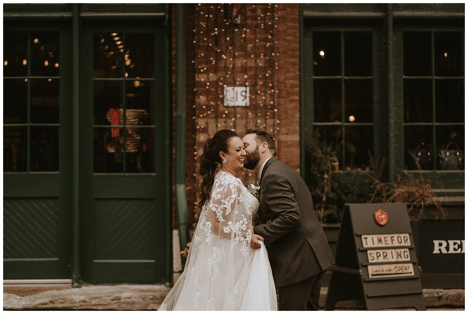 Katie Marie Photography | Archeo Wedding Arta Gallery Wedding | Distillery District Wedding | Toronto Wedding Photographer | Hamilton Toronto Ontario Wedding Photographer |_0072.jpg