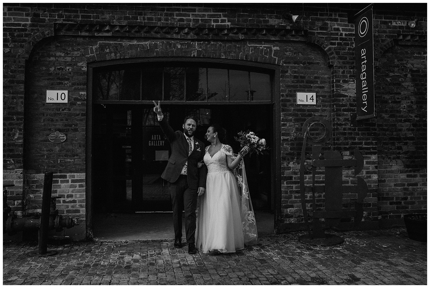 Katie Marie Photography | Archeo Wedding Arta Gallery Wedding | Distillery District Wedding | Toronto Wedding Photographer | Hamilton Toronto Ontario Wedding Photographer |_0114.jpg