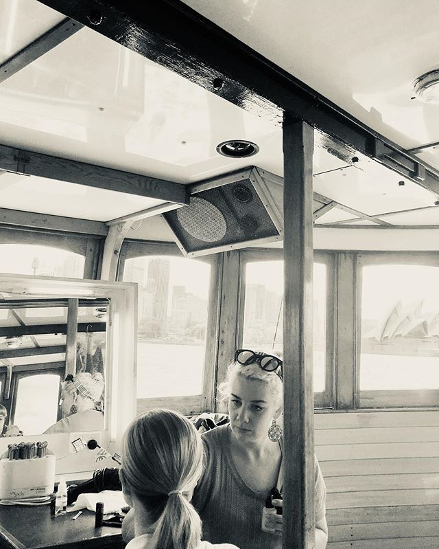 #fbf this pic goes with the video from yesterday 🥰 quick change on @angourierice  on board a ferry in the middle of Sydney Harbour. Also my concentration face 🤦🏼♀️😂 (I was doing everything in my power not to poke angourie in the eye on the rocking boat) ⛵️ 🎥 Ladies In Black 📷 @julia.ormond 💄 designer @jenlampheemakeupandhair