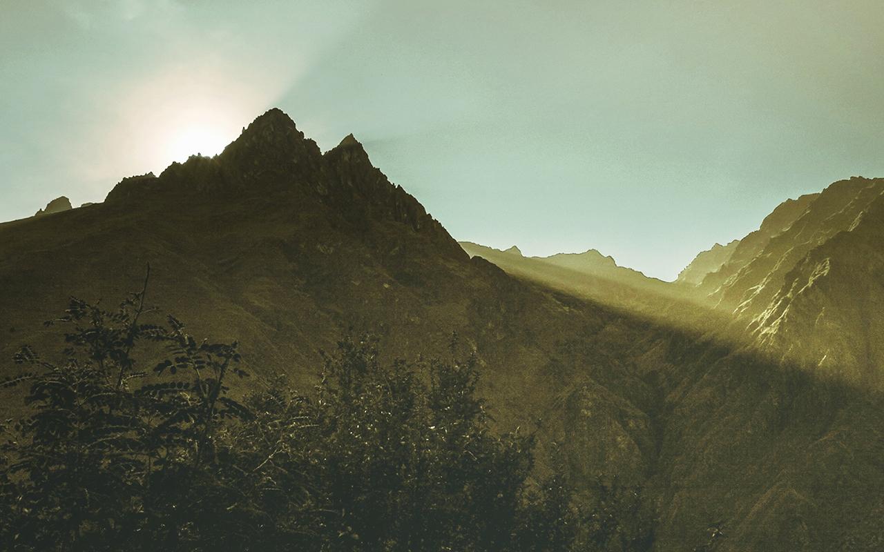 mountain_peak_1280x800.jpg