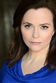 Samantha Worthen as Reporter