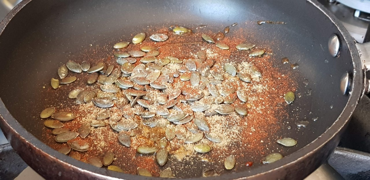 thumbnail_Tasting with spicy paprika and caraway seed.jpg