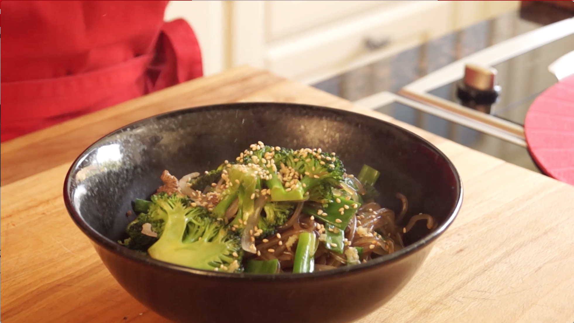 broccoli and beef with potato starch noodles recipe.png