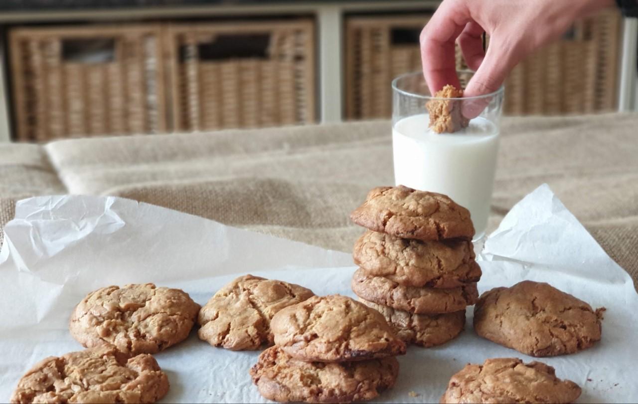 caramel white chocolate cookies.jpg