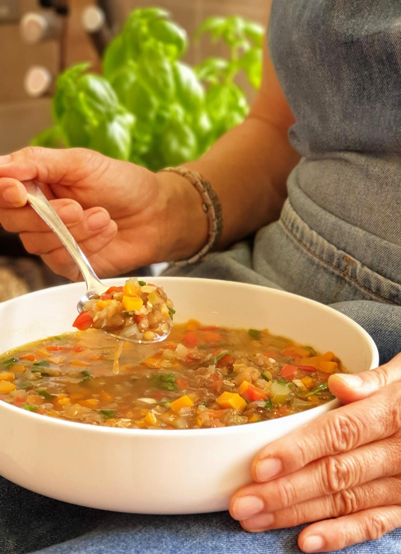 vegetable and lentil soup 2.jpg