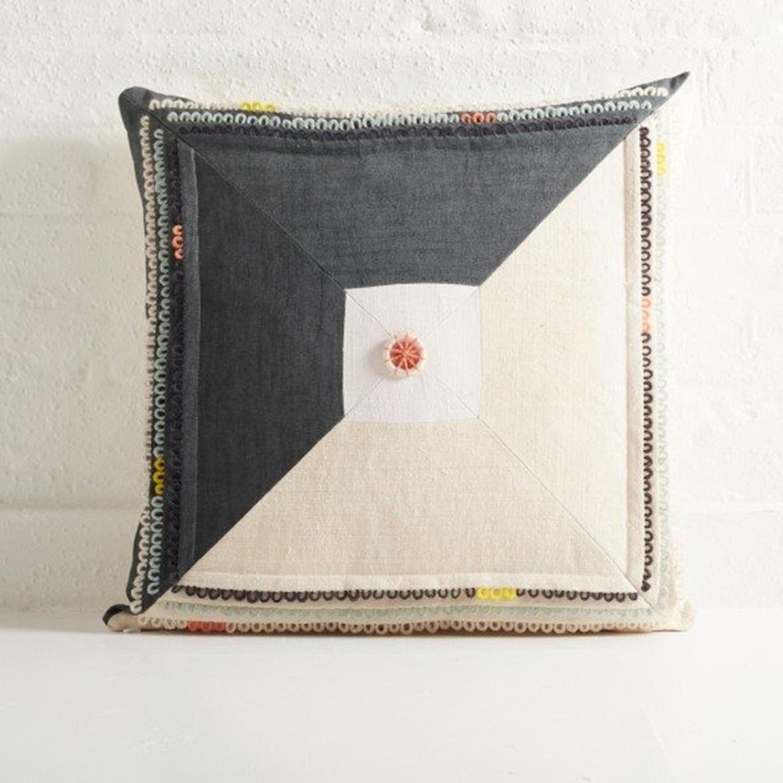 Aimee-Betts-Loop-cushion-1-The-New-Craftsmen.jpg