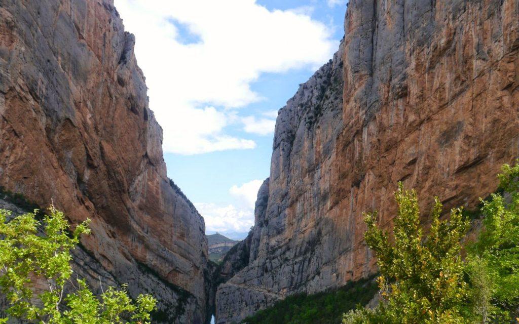 2 weeks along the Sendero Histórico in Spain. awomanafoot.com
