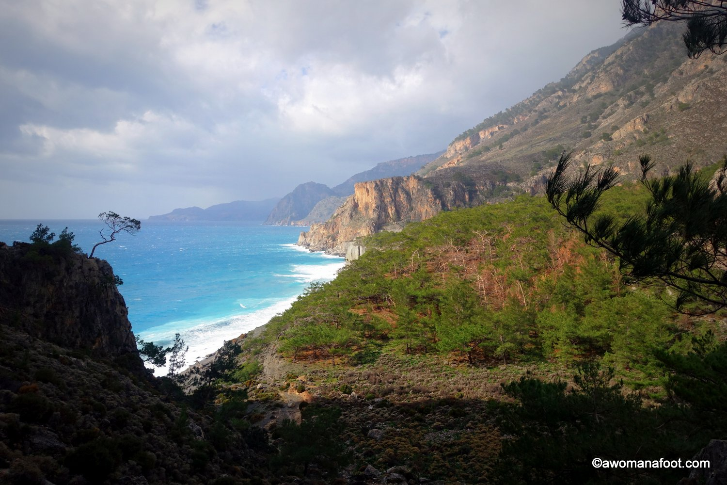 Sweat, tears, and stunning views - is that the most difficult hike on Crete? Check what my two days hiking solo from Sougia, through Domata to Agia Roumeli looked like! Awomanafoot.com | female solo hiking | #hiking | #solo | E4 trail | #E4trail | #Crete | #Greece | hiking trails | backpacking | trekking |
