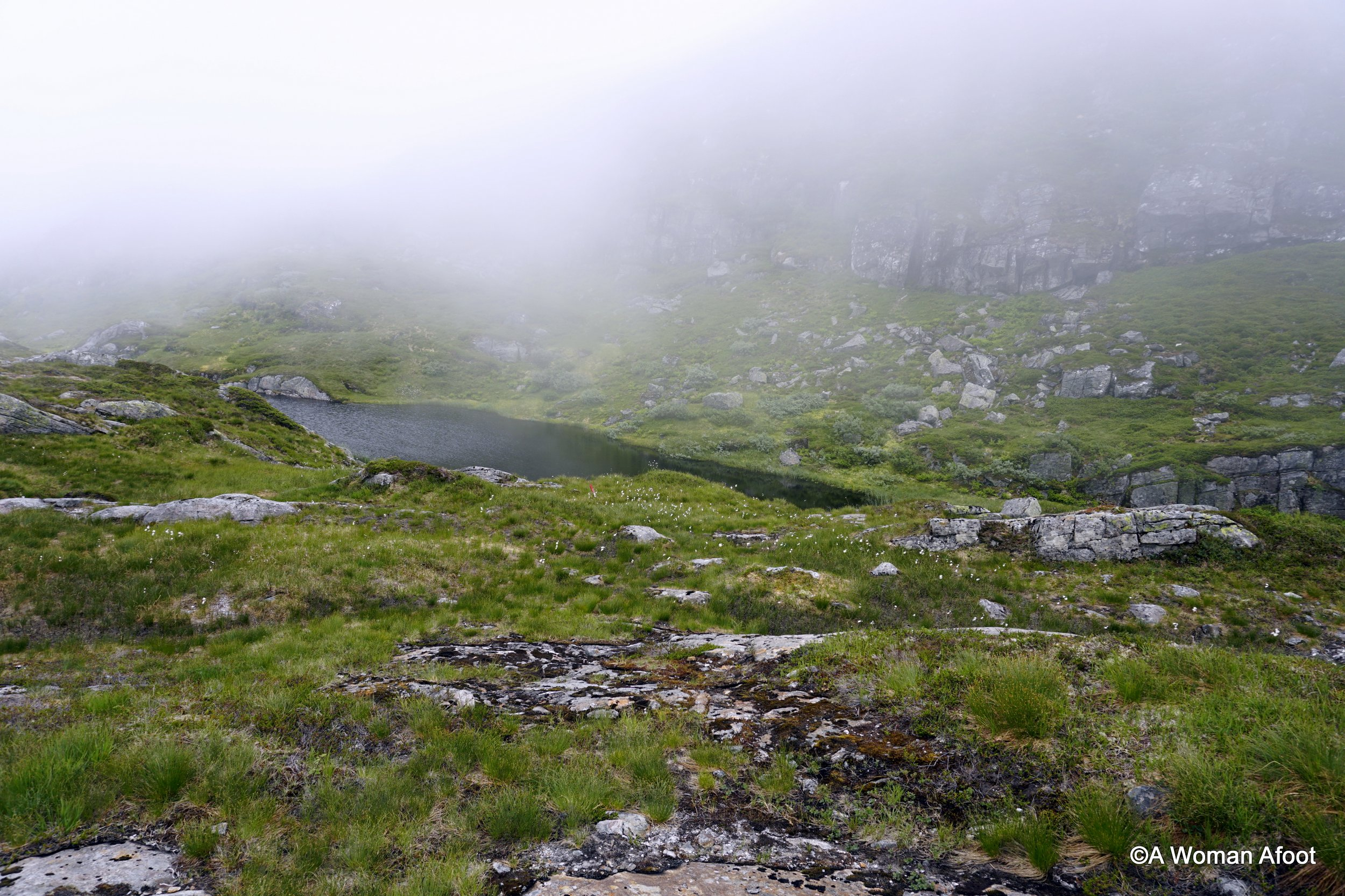 Looking for a solo hiking destination near Bergen? Check out this beautiful trail from Dale to Høgabu. 18 km through stunning mountains - learn more at awomanafoot.com | Hiking solo in Norway | Wild Camping Solo in Norway | Trail report | Women solo hikers | Scandinavia | Where to hike in Europe | #Bergen #hiking #camping #solo #Norway #trail #Dale #Fjord