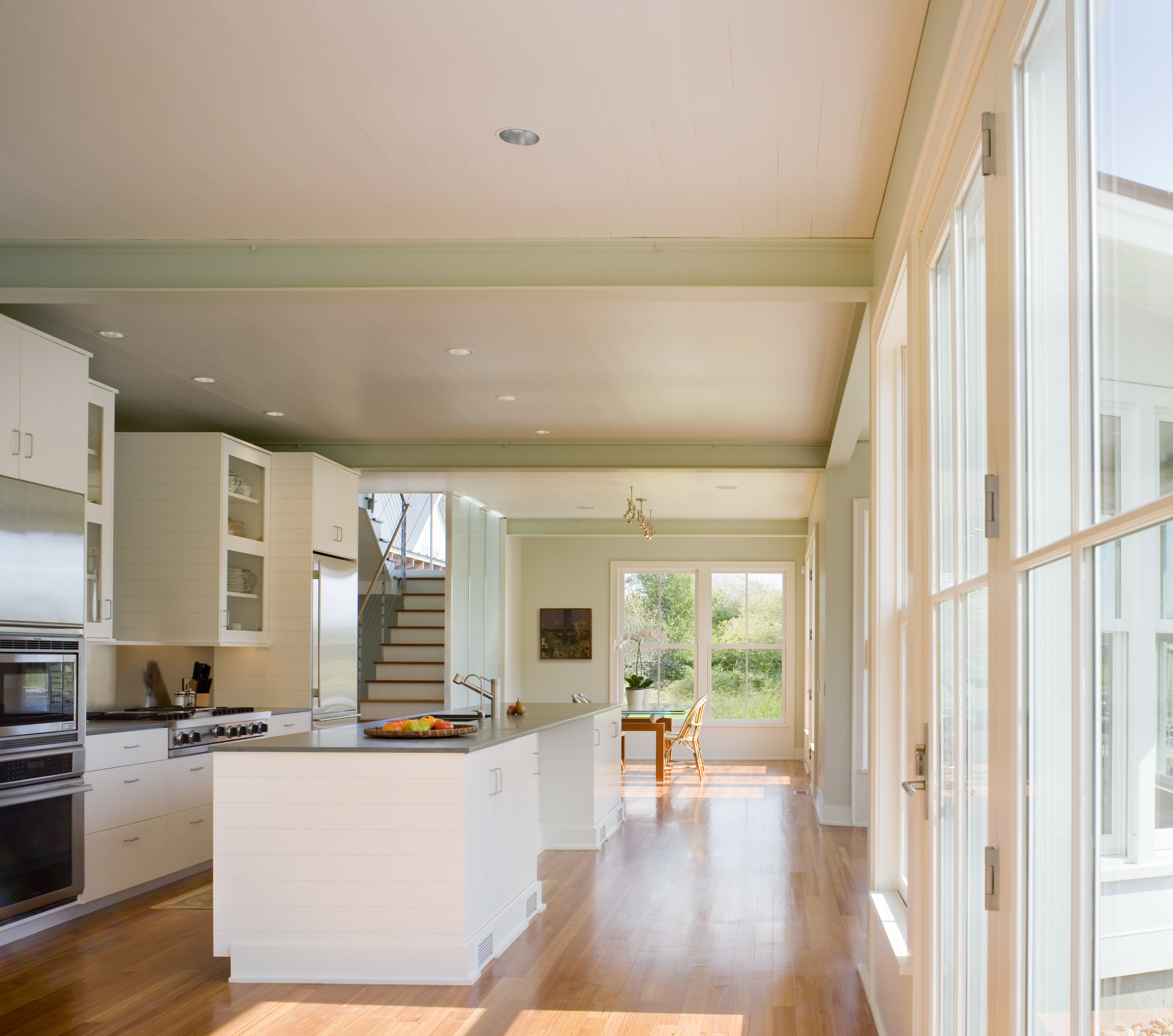 Jacob Talbot Builders - sunlit kitchen