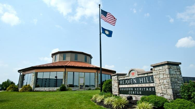 bourbon-heaven-hill-201107192984 750xx4256-2394-0-219.jpg