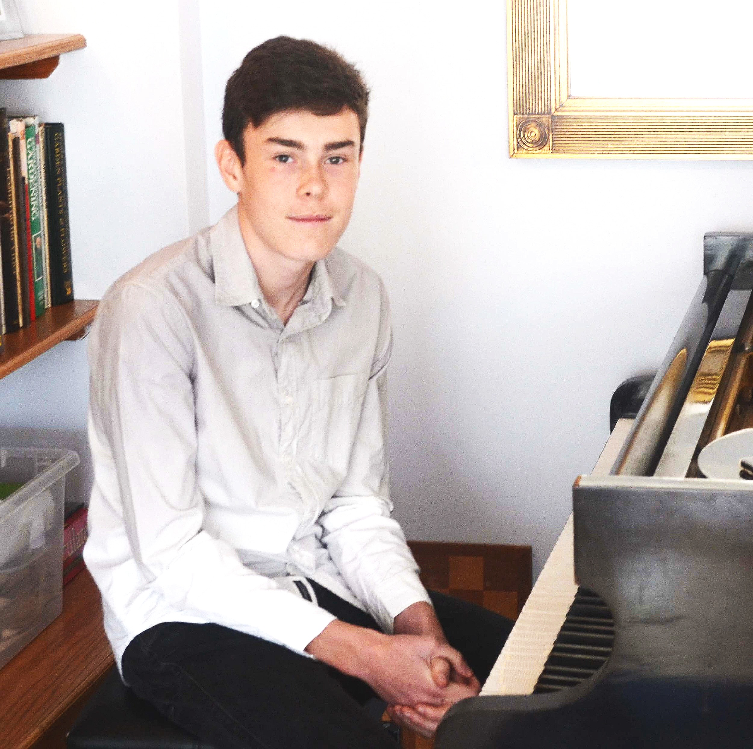 Charlie Ollerenshaw - Piano teacher in Hove
