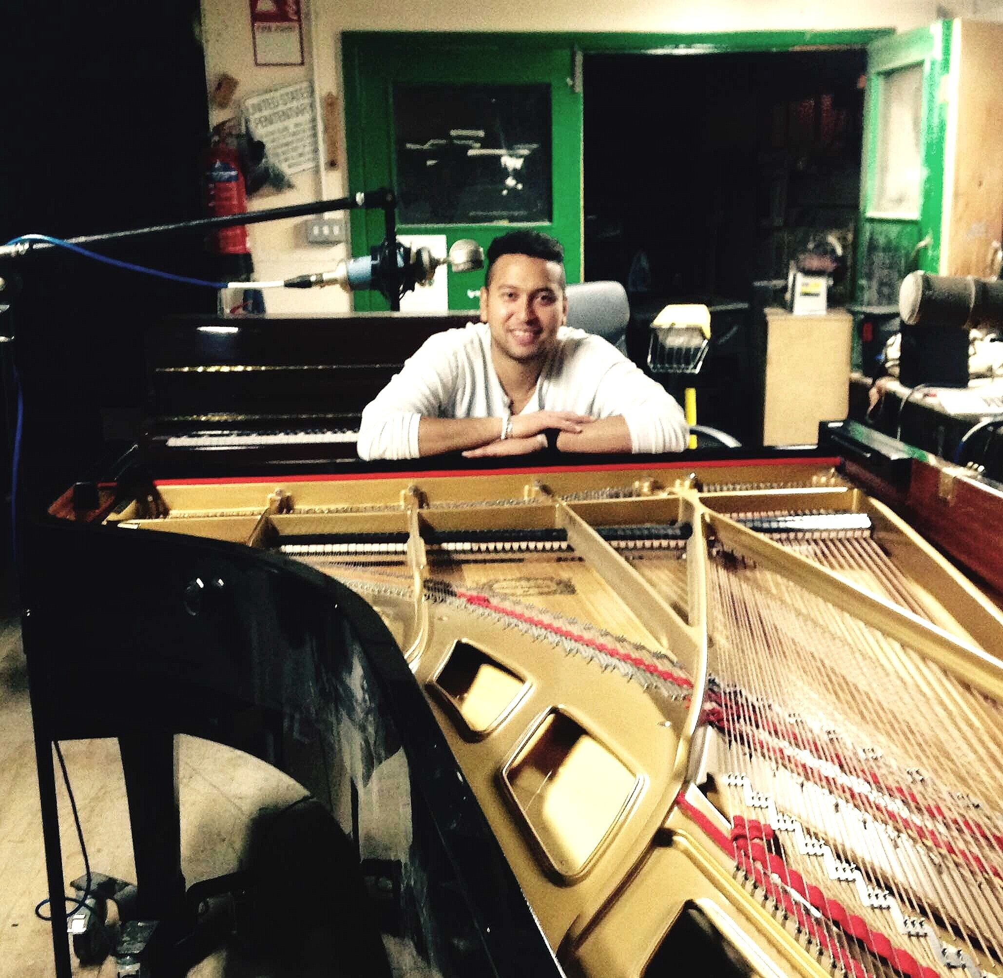 Piano teacher - Ray - has a piano studio at his home in Easton. He is a bubbly and knowledgeable piano teacher. He has studied and performed Jazz and Classical music extensively and can teach anyone how to play the piano to the highest standard.