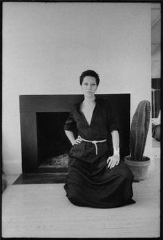 Elsa Peretti at home in NY by Jill Krementz 1974_.jpg