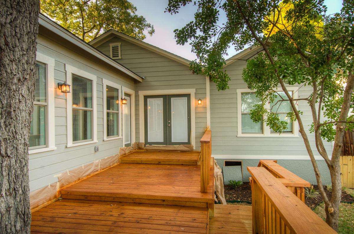 david montelongo design build patio deck alamo heights after.jpg