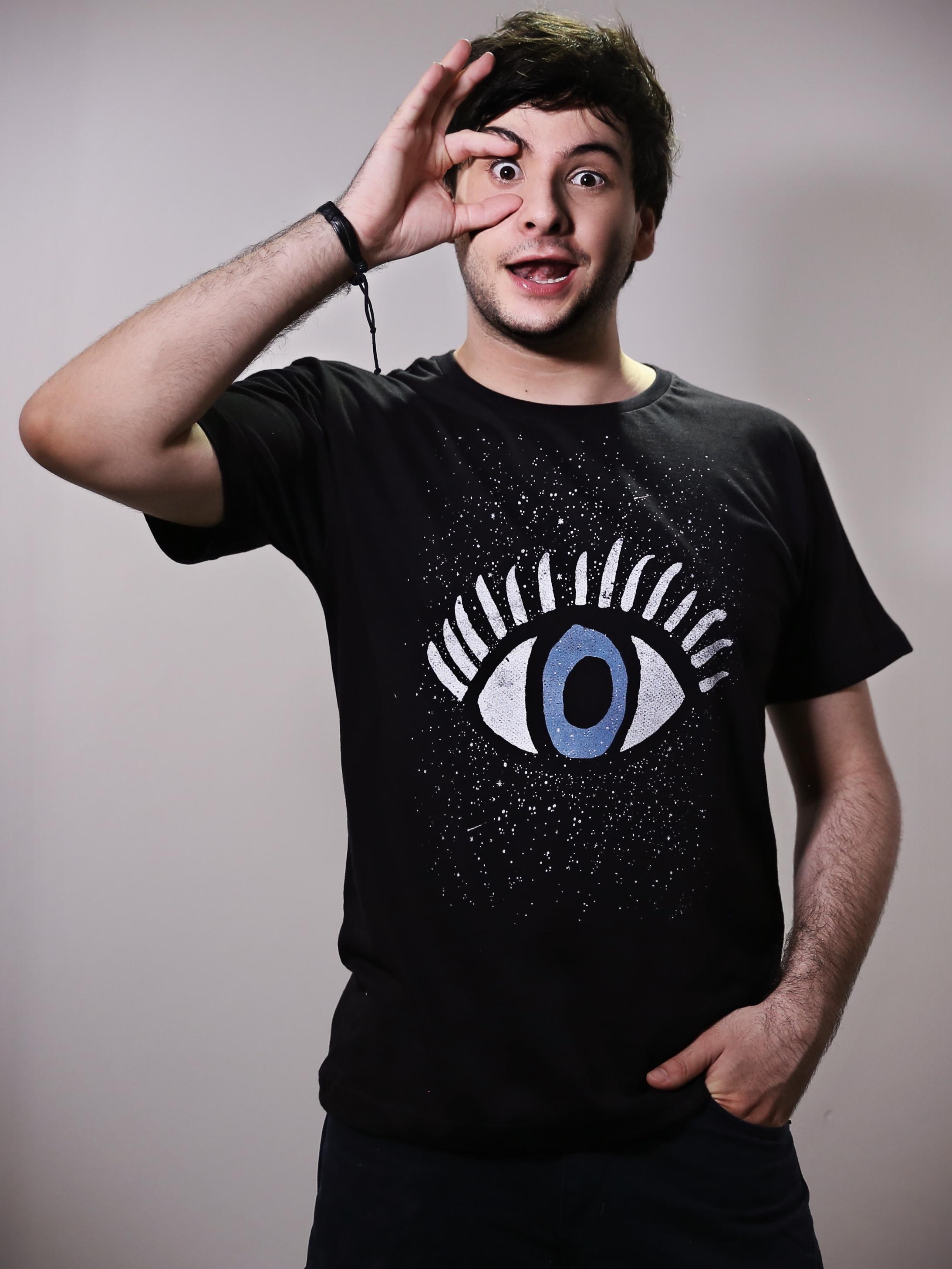 Camiseta Olho Azeitona