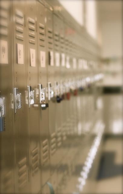locker-728378_640.jpg