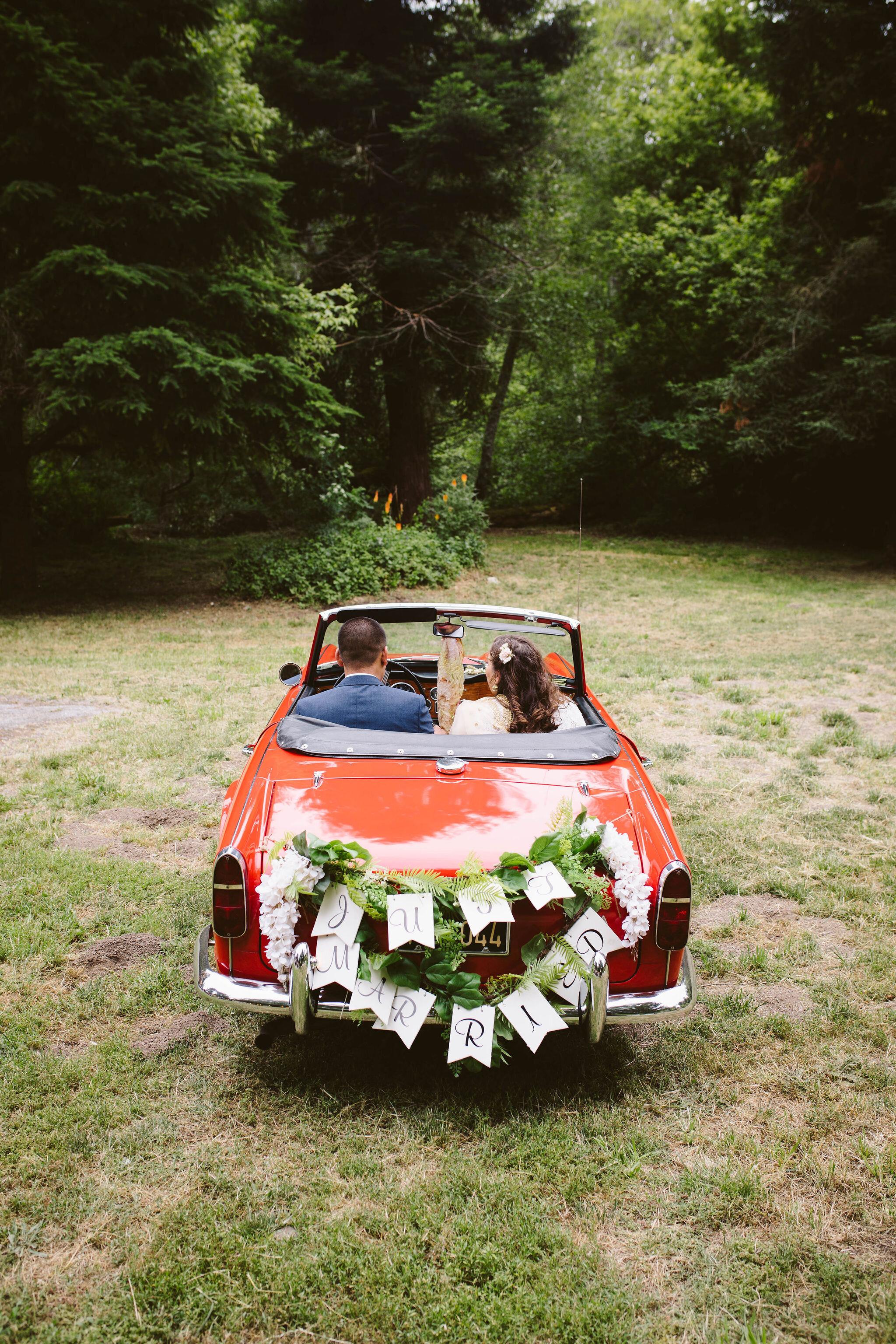 Venture-Retreat-Center-Wedding-Pescadero-Sat-Aaron-Pritam-The-Shalom-Imaginative-554.jpg