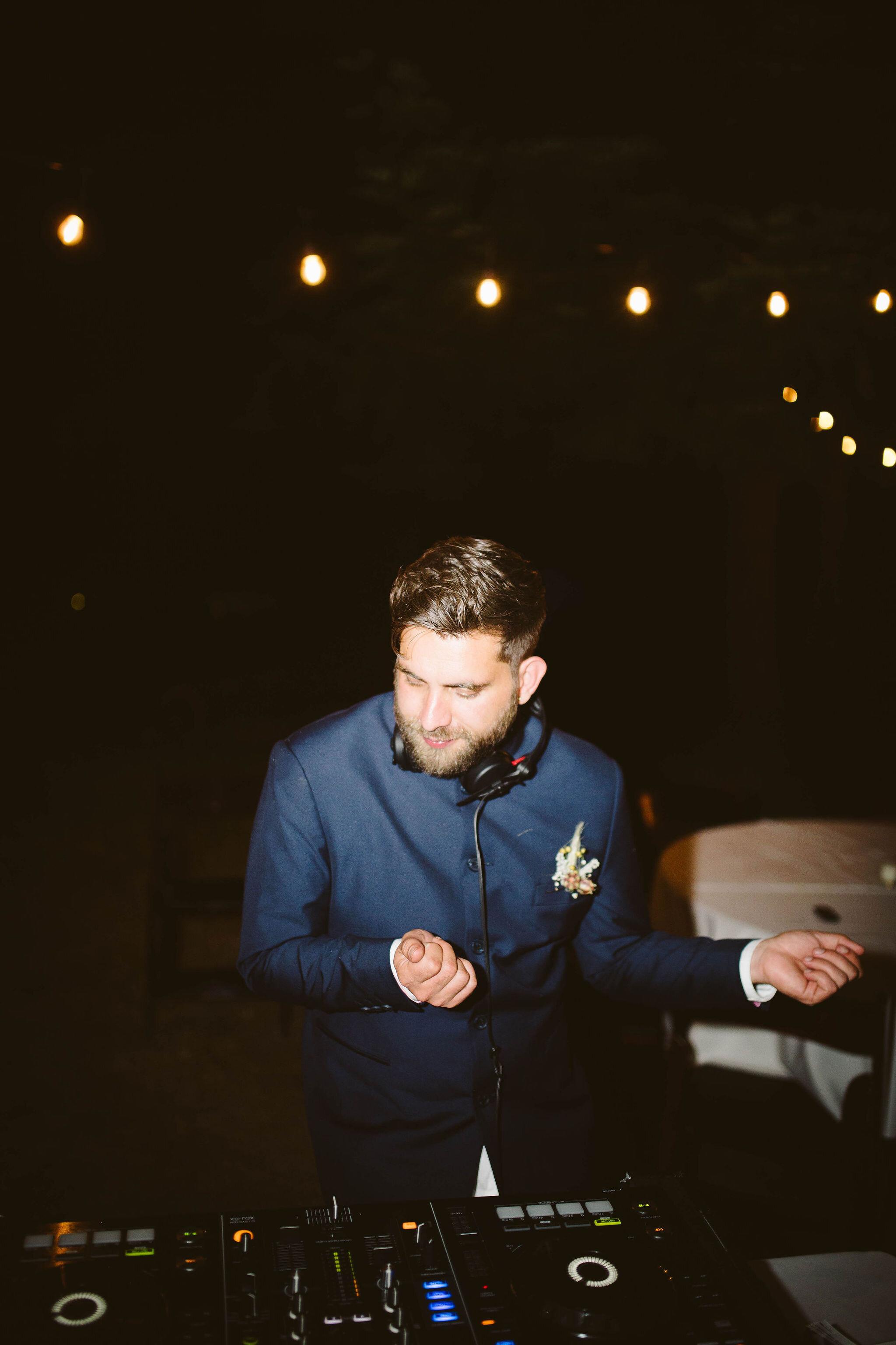 Venture-Retreat-Center-Wedding-Pescadero-Sat-Aaron-Pritam-The-Shalom-Imaginative-853.jpg