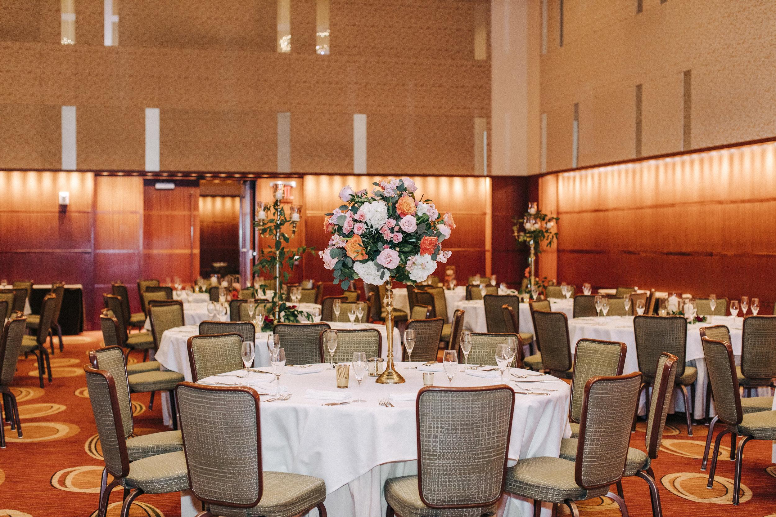 Four Season St. Louis Floral Centerpieces