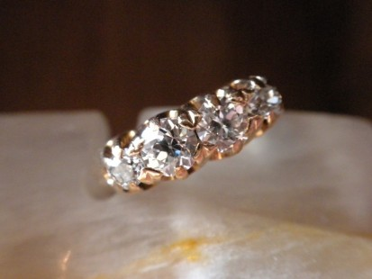 victorian diamond band