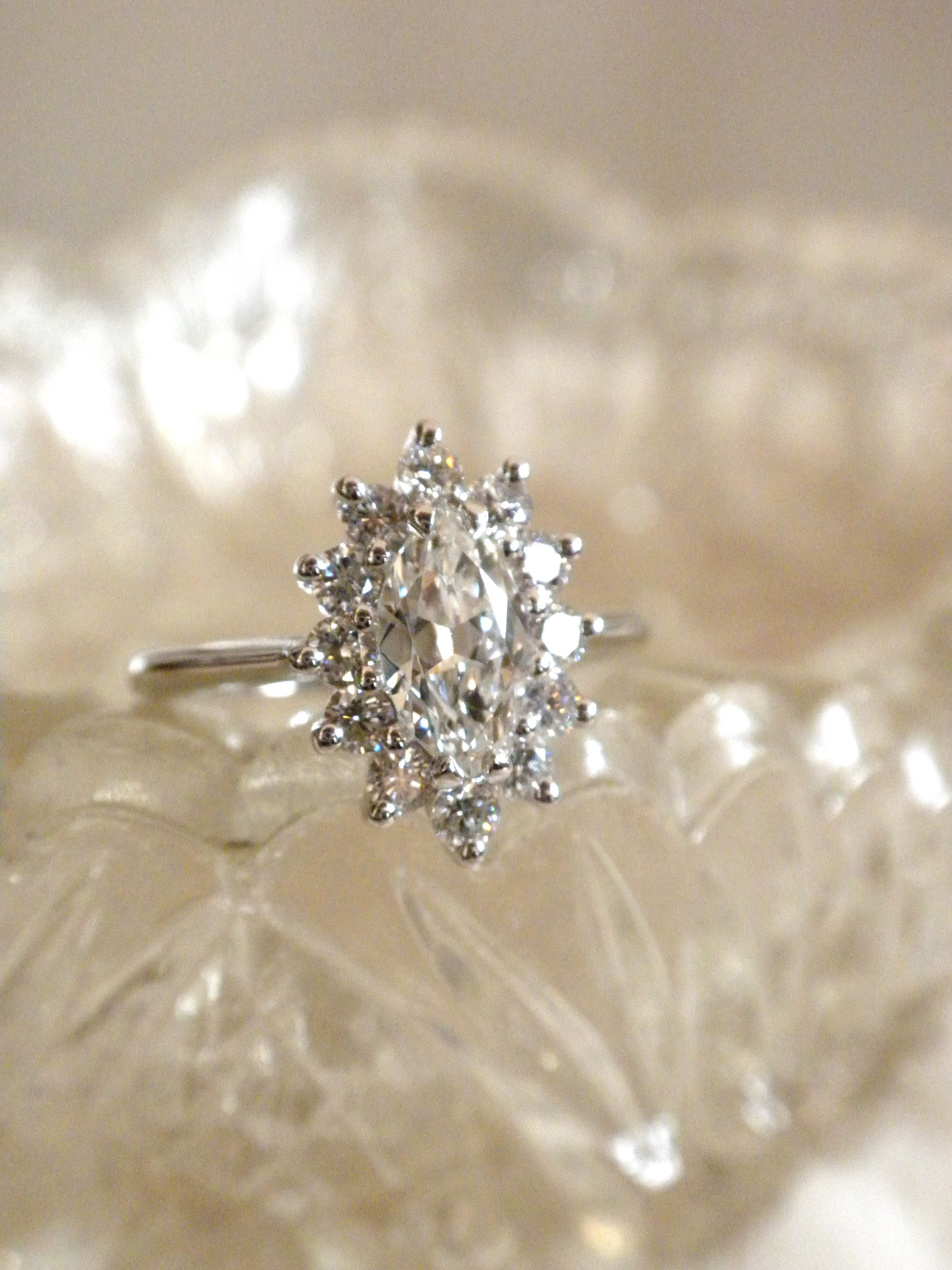 Marquise cluster